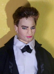 Rob Pattinson doll Met Gala 2015