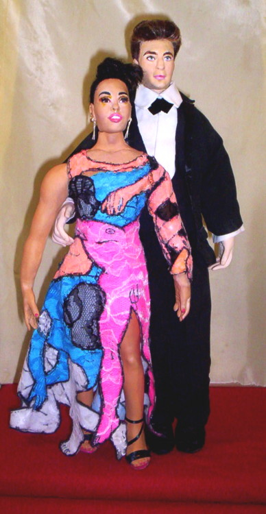 FKA Twigs doll Rob Pattinson doll Met Gala 2015